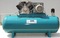 Gieb Industriekompressor 1100 / 500 - 15 - liegend 15bar 7,5KW - 400 V